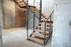 Installazione di punti della Camera Punti nuovi di costruzione in casa SCALA DOMESTICA fotografia stock