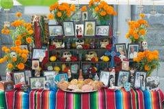 Installazione messicana tradizionale dell'altare Immagine Stock Libera da Diritti