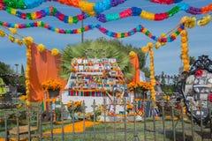 Installazione messicana tradizionale dell'altare Immagine Stock