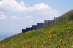 Installazione sul pendio di collina Fotografie Stock Libere da Diritti