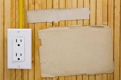 Installierte Steckdose auf der Wand Lizenzfreie Stockfotografie