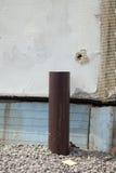 Installierung des Rohres für Abwasser von der Regengosse Lizenzfreies Stockbild