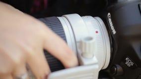 Instalować obiektyw na kamerze zbiory