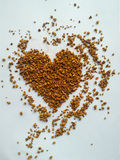 Instant coffee in heart shape Royalty Free Stock Photography
