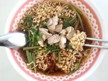 Instant noodle pork vegetable Royalty Free Stock Photography