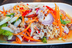 Instant noodle spicy salad Royalty Free Stock Images