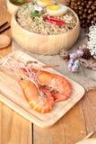 Instant noodles soup put egg and shrimp Royalty Free Stock Photos
