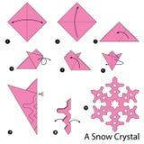 Instrucciones paso a paso cómo hacer papiroflexia un cristal de la nieve Foto de archivo libre de regalías