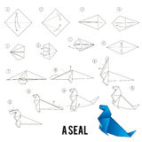 Instrucciones paso a paso cómo hacer papiroflexia un pájaro Imágenes de archivo libres de regalías