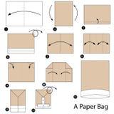 Instrucciones paso a paso cómo hacer papiroflexia una bolsa de papel Imagen de archivo libre de regalías
