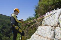 Instructeur de descente de canyon Images stock