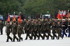 Instructeurs de foret de corps des marines à la graduation Image stock