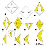 Instructions étape-par-étape comment faire à origami une lune Photos libres de droits