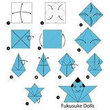 Instructions étape-par-étape comment faire origami les poupées japonaises Photos libres de droits