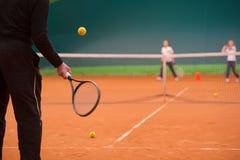 Instructor del tenis Fotografía de archivo libre de regalías