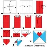 Instruções passo a passo como fazer a origâmi um ornamento do coração Imagens de Stock