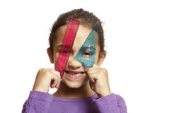 Instruisez la fille avec la grille de tabulation rose et l'équerre bleue photos libres de droits
