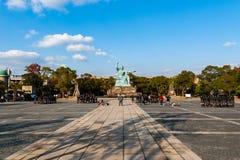 Instruisez les photos étant avant rentré de la statue de paix dans Nagasa Image libre de droits