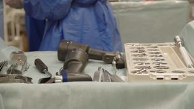 Instrument i fungeringsrummet stock video
