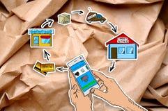 Instrument intelligent de téléphone se tenant dans les mains Photos libres de droits