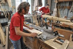 Instrument muzyczny harfy produkcja Obrazy Stock