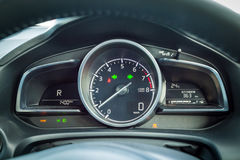 Instrumentbräda Mazda3 2016 Royaltyfri Fotografi