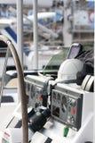 Instrumente auf einem Segelboot Lizenzfreies Stockbild