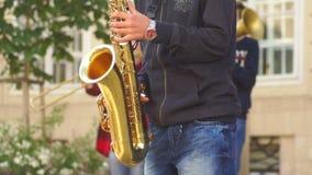 Instrumentelle Straße des Musikkonzerts stock footage
