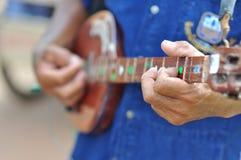 Instrumento de música de la guitarra Fotos de archivo libres de regalías