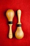 Instrumento de música de la percusión de Maracas Imagenes de archivo