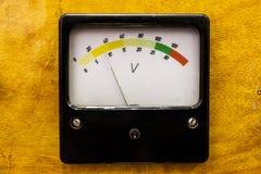 Instrumento de medida viejo imagen de archivo