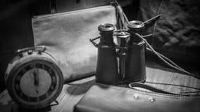 Instrumento marítimo do telescópio dos binóculos do vintage foto de stock royalty free