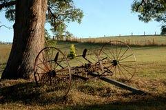 Instrumento viejo de la granja foto de archivo