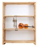 Instrumentos de música na prateleira Foto de Stock