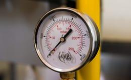 Instrumentos de medição na fábrica Fotos de Stock