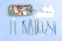 Instrumentos dentais Foto de Stock