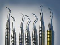Instrumentos dentales médicos imagenes de archivo