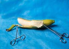 Instrumentos médicos quirúrgicos Fotos de archivo