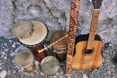 Instrumentos musicais acústicos étnicos Fotografia de Stock