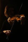 Instrumentos musicais que jogam o concerto do violino foto de stock