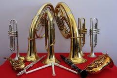 Instrumentos musicales de cobre amarillo Fotos de archivo