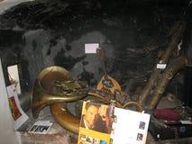 Instrumentos musicales para la venta en Praga imagen de archivo libre de regalías
