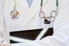 Instrumentos para el diagnóstico de la medicina fotografía de archivo