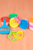 Instrumentos para jugar con pasta del moldeado Imagen de archivo