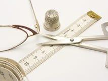 Instrumentos para la costura Imágenes de archivo libres de regalías