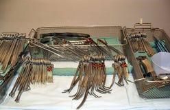 Instrumentos quirúrgicos Imágenes de archivo libres de regalías