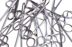 Instrumentos quirúrgicos Fotos de archivo libres de regalías