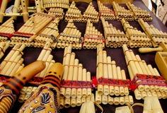 Instrumentos tradicionales de los Panpipes para la música suramericana Fotos de archivo libres de regalías