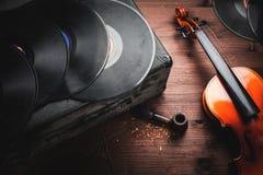 Instruments de musique et vieux objets Photographie stock
