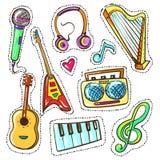 Instruments de musique tirés par la main de couleur de vecteur réglés Photographie stock libre de droits